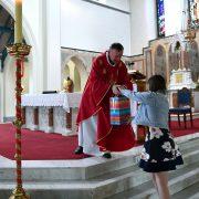Fr. Cunningham receives a PresentDSC_6911