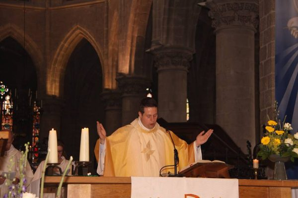 Fr. Tom Celebrates his First Mass in Hulst